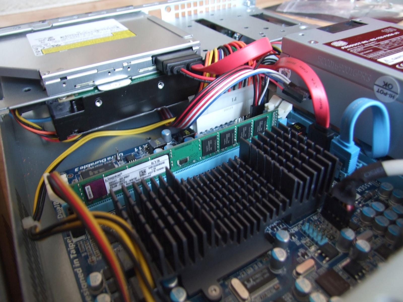 Kabeláž po montáži disků